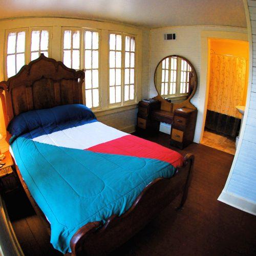 house_bedroom_01