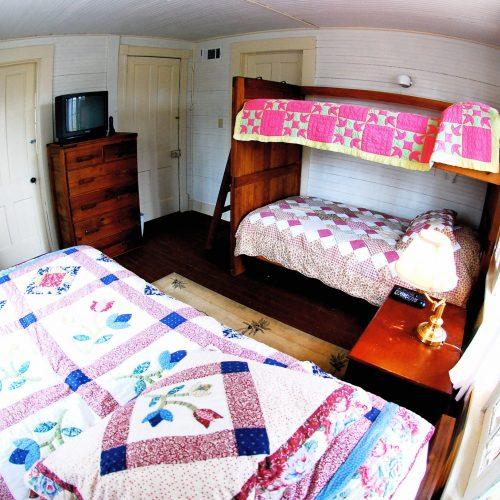 house_bedroom_02